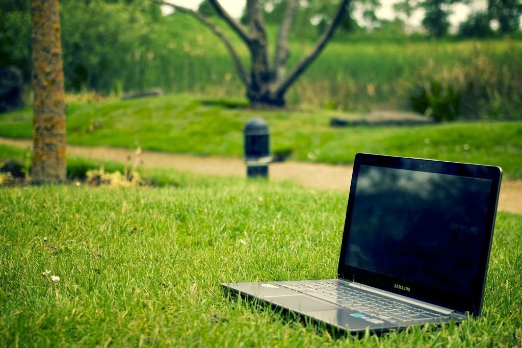 notebook-405755_1920-1024x682