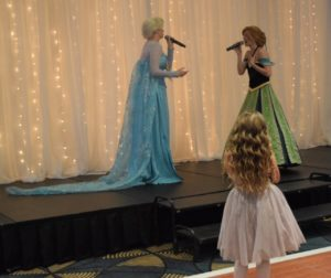 Princesses singing